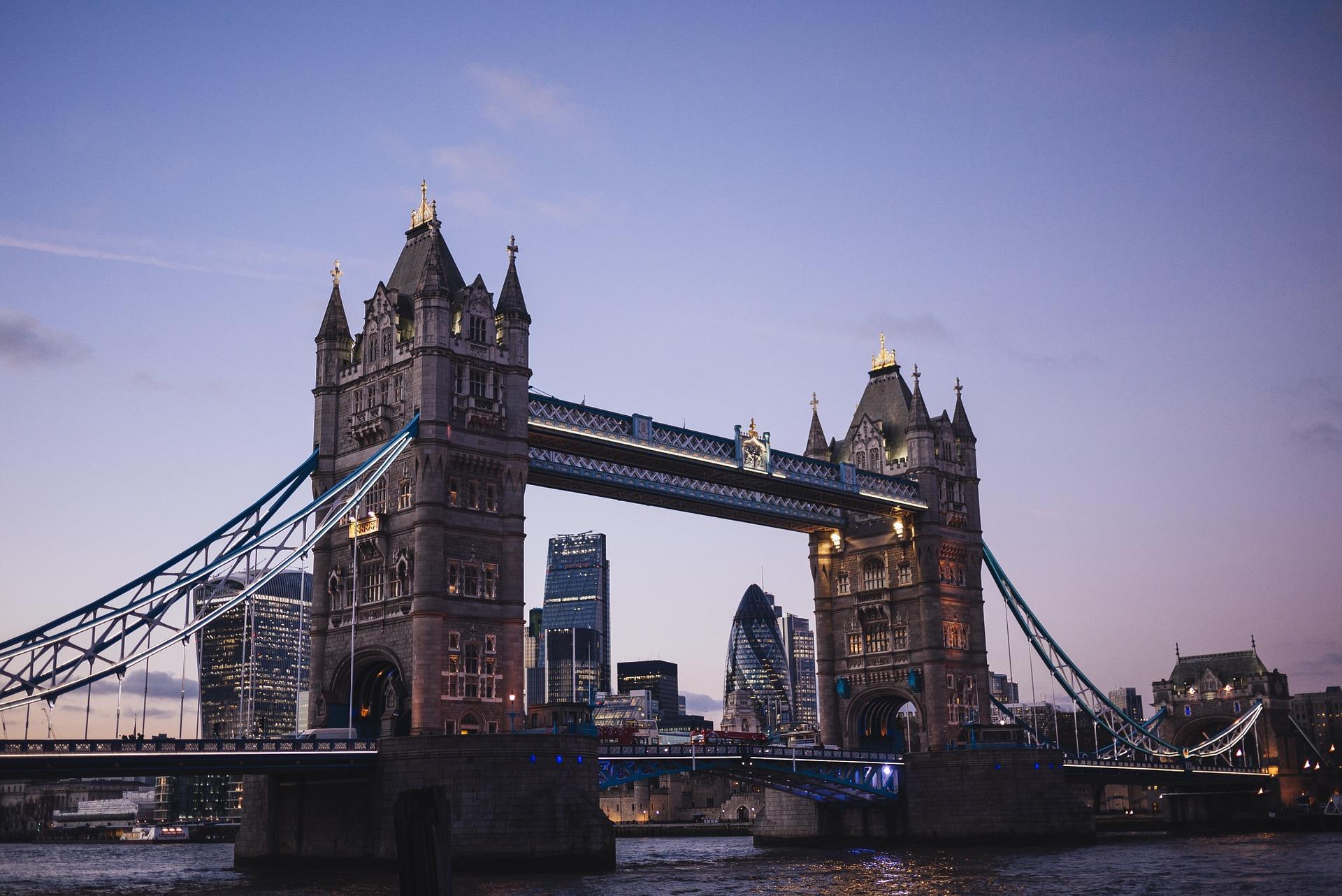 Ingiltere Şehirler - Londra tower bridge